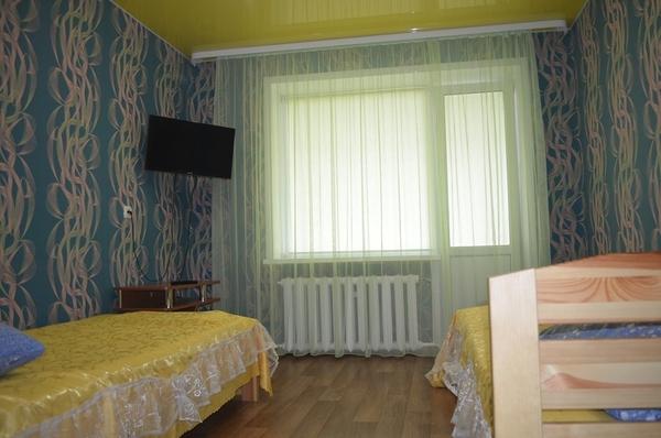 3-я Квартира на сутки г. Речица  Спортивная фото реальные 4