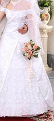 Продам свадебное платье,  размер 42-44